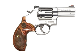 Smith Wesson 686 Plus Deluxe